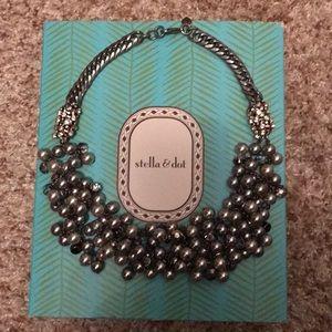 Stella & Dot Leadera Pearl Bib necklace